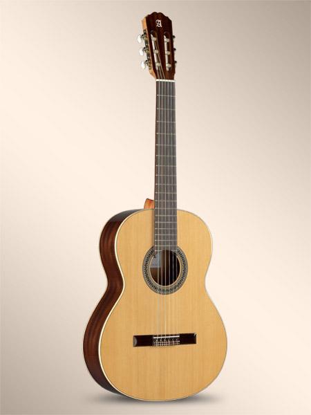 گیتار Alhambra 2c
